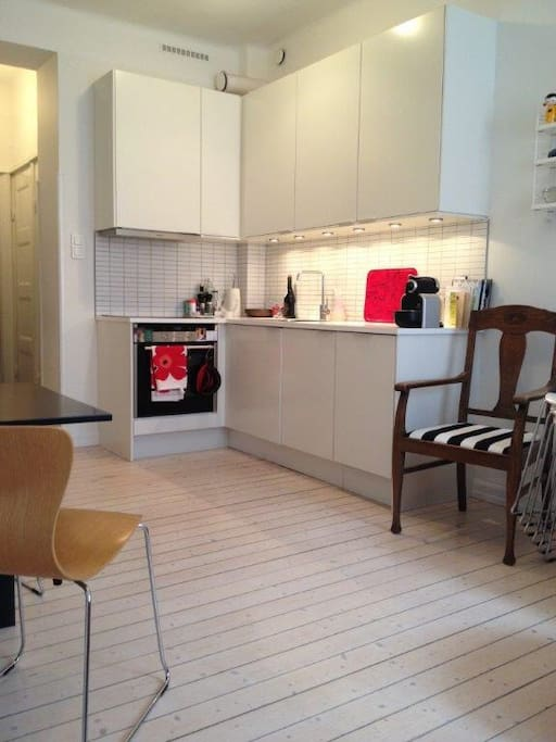 Modern kitchen with pretty much everything you need. (No microwave oven though, sorry!)