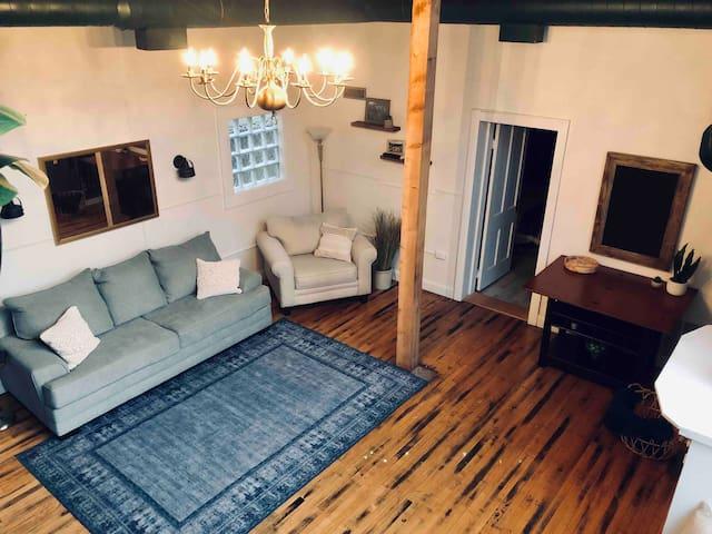 Beautiful Historic Guest House in Herron Morton