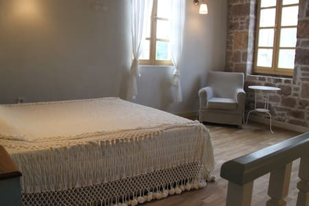 Authentic Renovated Stone House - Ayvalık