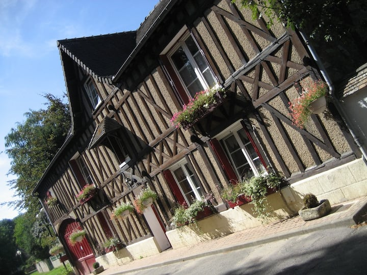 Beautiful house 17th near Giverny