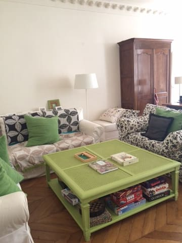 Grand appartement, coeur de Paris - París - Pis