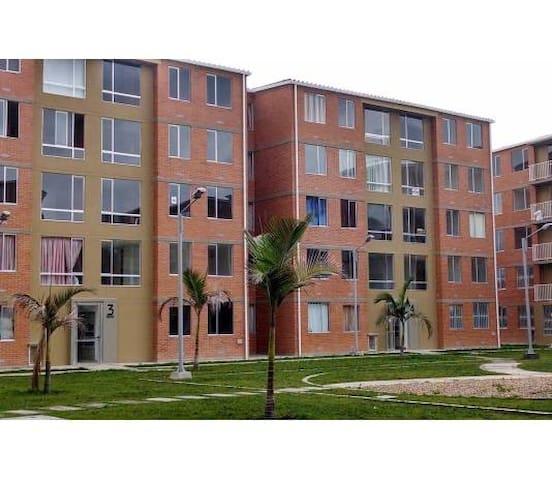 Apartamento salida Norte de Bogotá - Bogota - Lägenhet