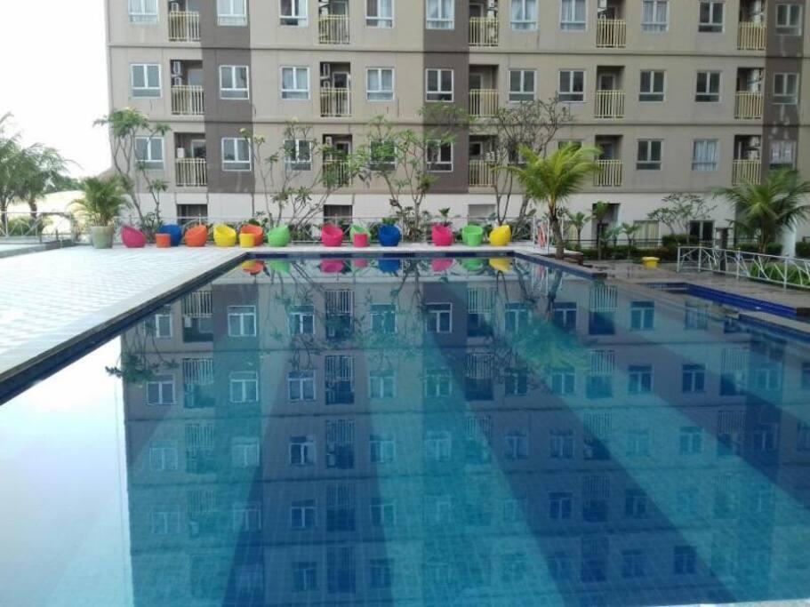 Pool view at Titanium Express HomTel
