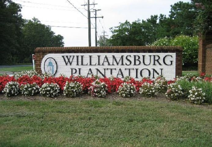 $137 SPECIAL FOR 2BR UP TO 6 GUESTS. - Williamsburg - Villa