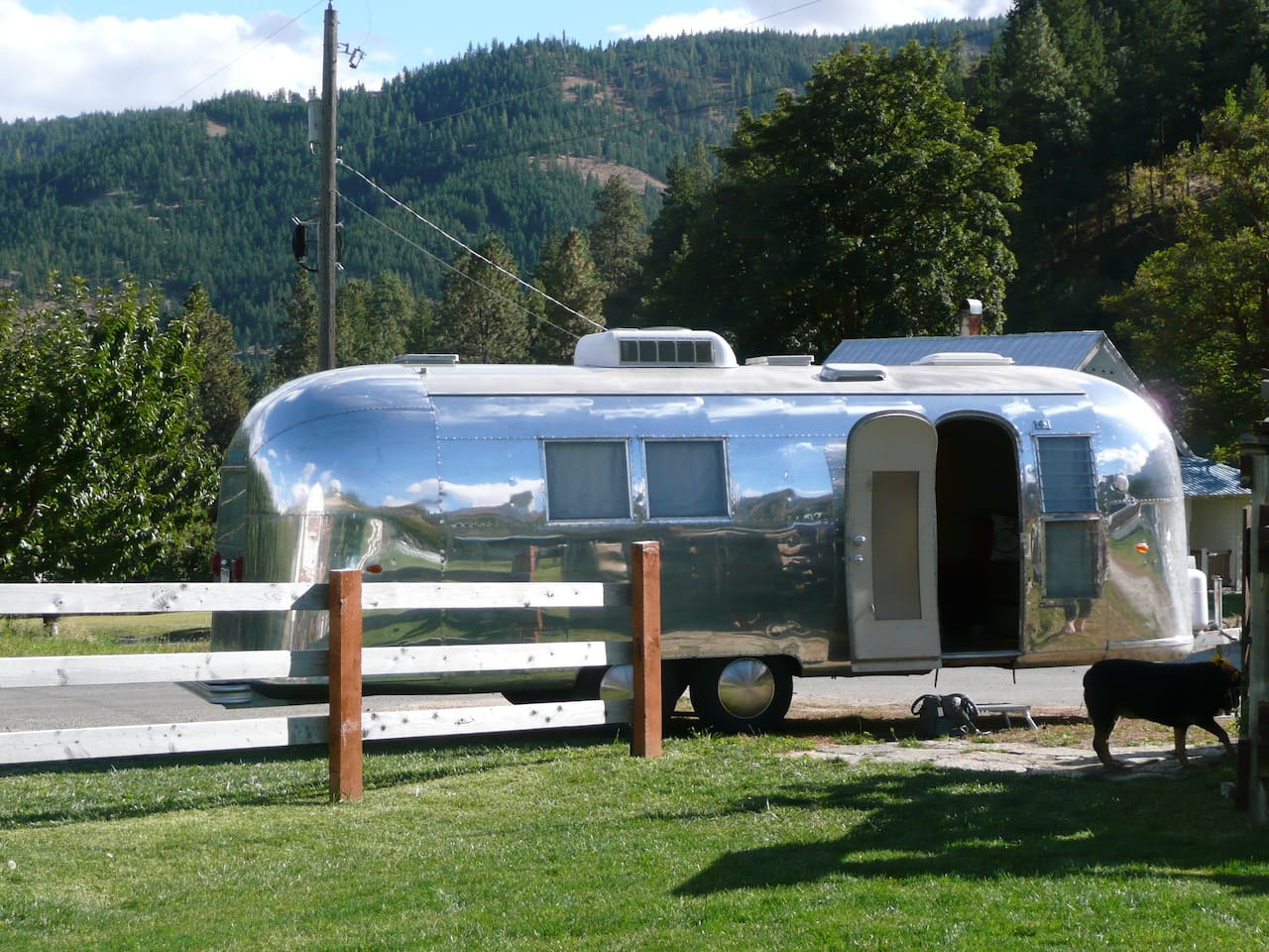 Vintage Airstream Trailer Delivered to Your Site