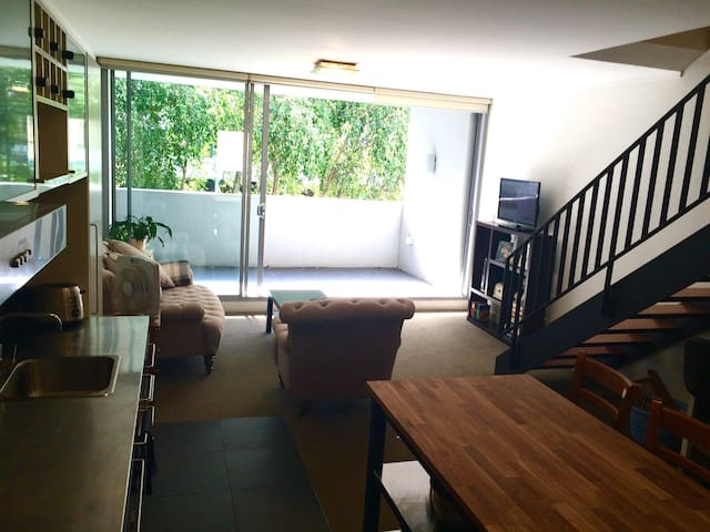 Modern Apartment in Central Sydney - Waterloo - Pis