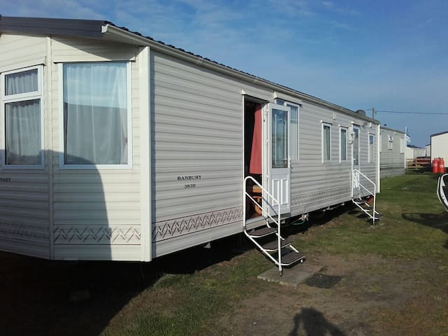 6 berth static caravan at Suffolk sands felixstowe