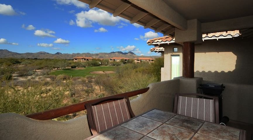 Upstairs Corner Casita w/ incredible sunset views.