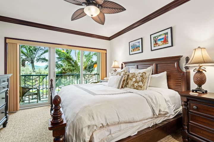 Master Suite #2 Tommy Bahama With Mountain View And 40' Samsung LED TV
