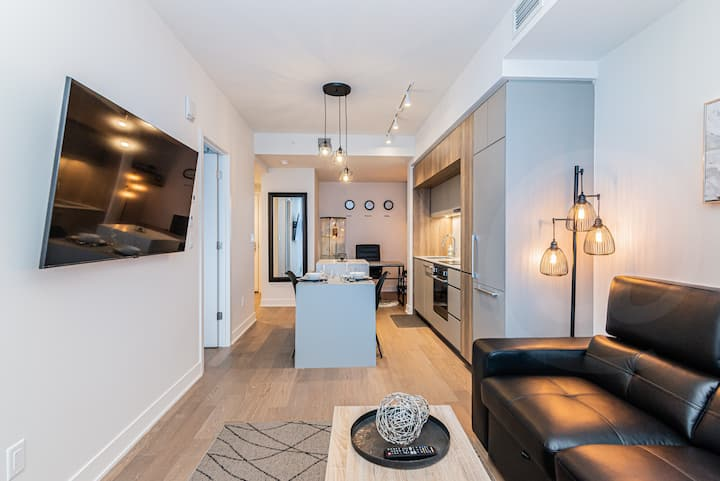 Dtown New Polished -Monthly Rental