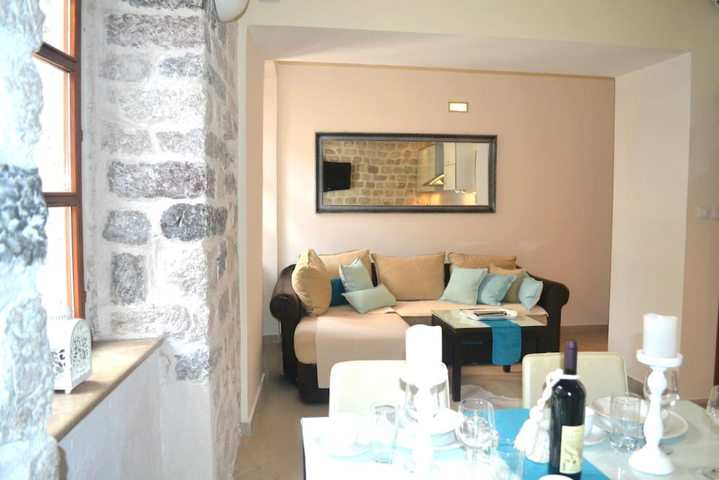 La Dolce Vita Apartment I - Old Town Kotor. Quiet, Cozy, Comfortable place for your vacation in Montenegro. Living / Dining Room