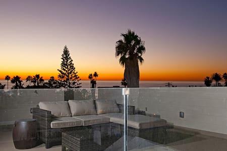 NEW LA JOLLA SUNSET, SURF & SERENITY BEACH HOUSE - San Diego