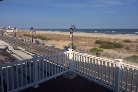 Ocean front apartment - Ocean City - Apartment