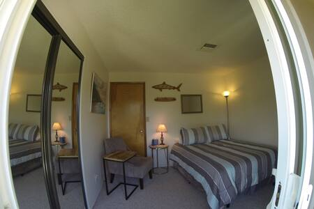 SPECIAL PRICE! Walk to beach; private quiet studio - Kihei - House