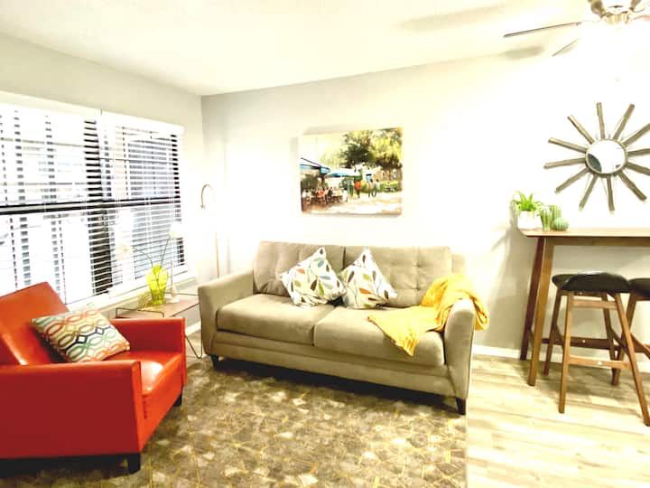 1 Bed Apt next to SW Integris Near Downtown