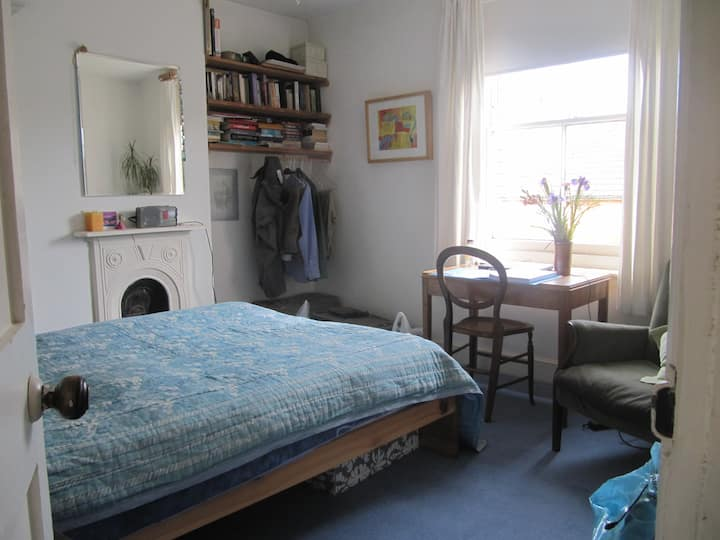 Aunty Millie's B & B - double room