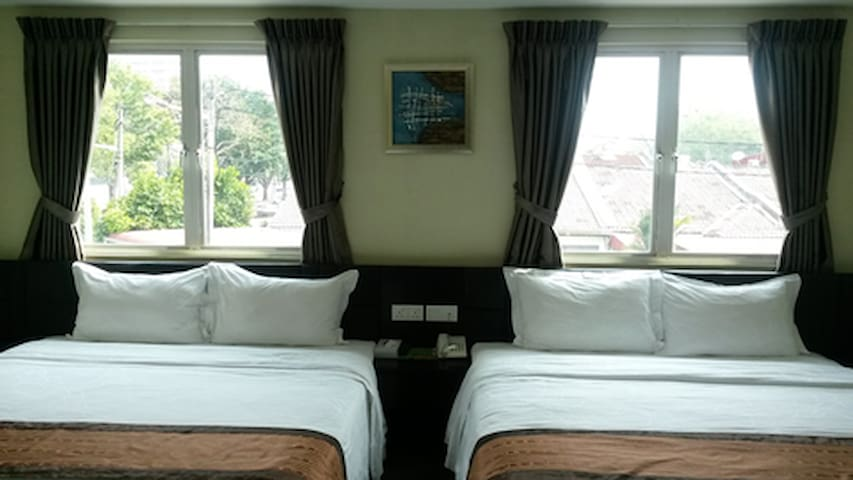 Shared Room Penang -for female only - Bayan Lepas - Bed & Breakfast