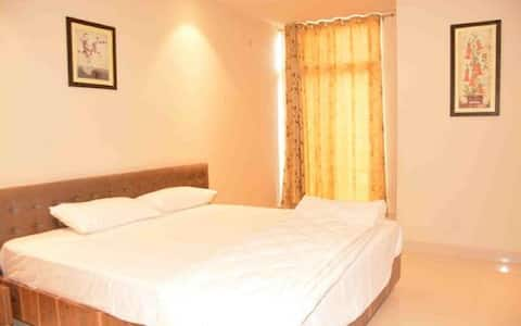 Deluxe Room (Hotel SN Grand)