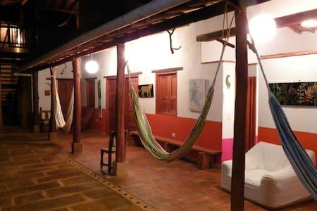 Arte y hospedería en Barichara - Barichara - Altres