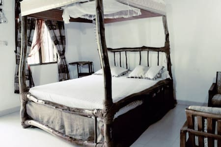Lovely natural architecture room in Rathnapura