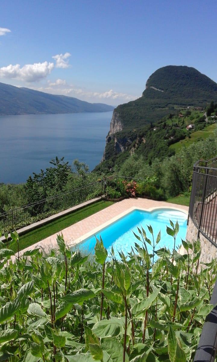 Tremosine, Villa unifamiliare con piscina privata