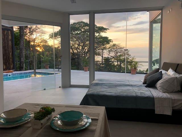Vista Ocean Suites