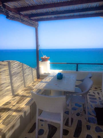 Aegean Sunrise, sea side luxury! - Άγιος Ιωάννης - Apartamento