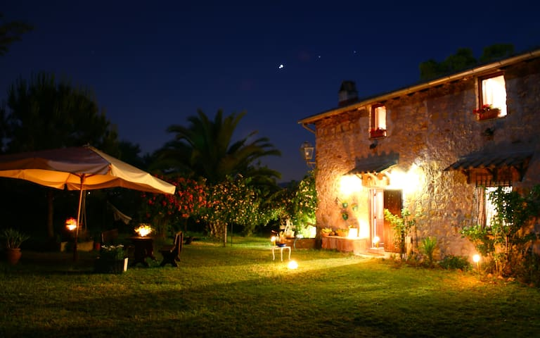CHARMING COUNTRYHOUSE CLOSE TO ROME - Paliano - Villa
