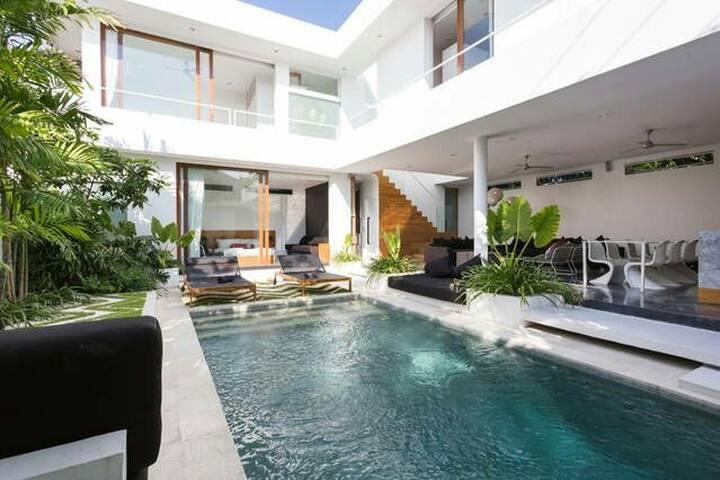 Beautiful shared villa!  #1 - เซมินยัก - วิลล่า