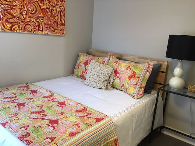 Still House : Bright & Playful Double Bed