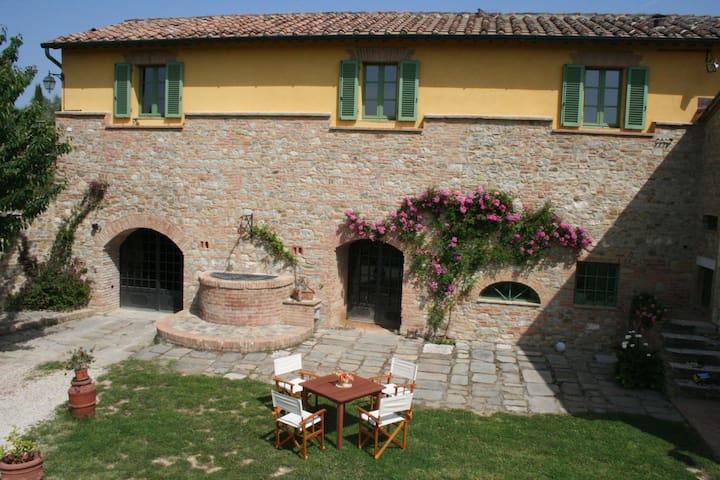 Podere San Simone: Toscana natura e relax. - Castelnuovo Berardenga - Apartemen