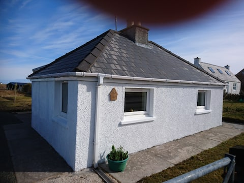Wee Gem Cottage, a charming holiday let for two!