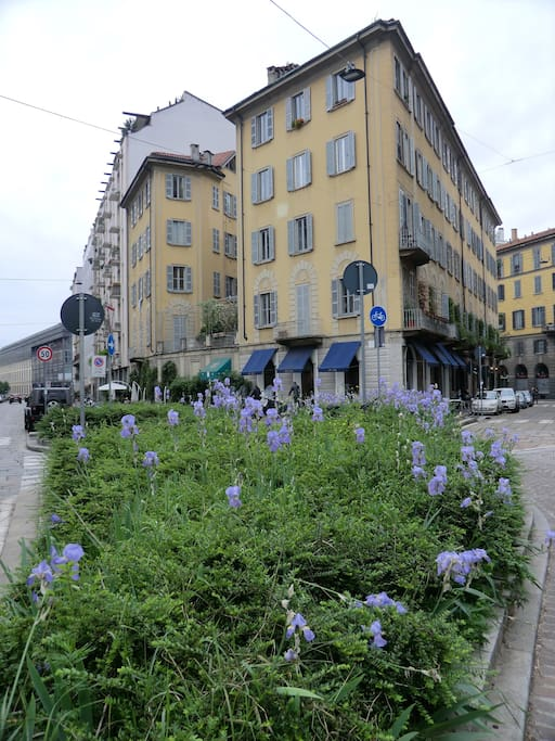 via San Marco, angolo via Castelfidardo. Edificio vista esterna.