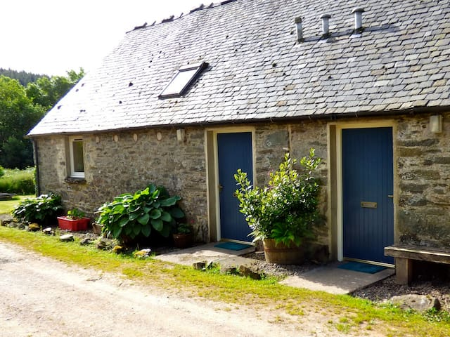 Stable Cottage - Warm & Welcoming - Lochgilphead