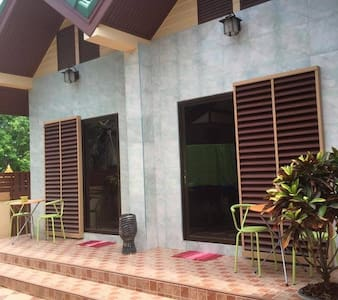 Thaiduck Village Homestay - Ban Chang