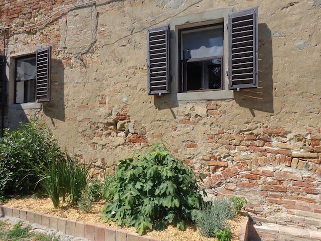 Ampia e luminosa casa toscana - Vico D'elsa