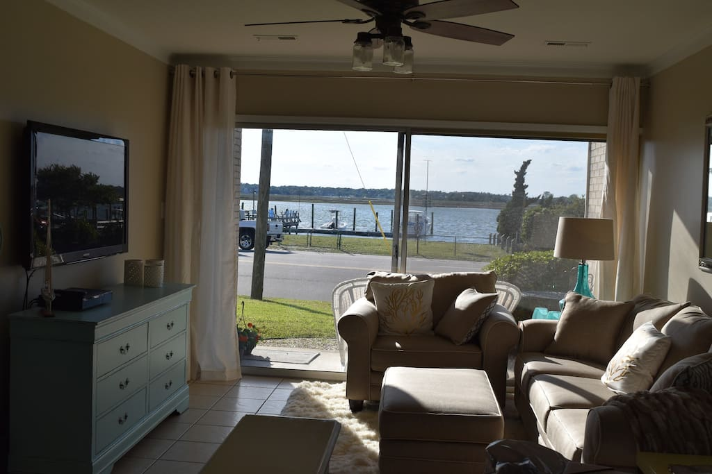 Living Room - watch sunsets from your own couch