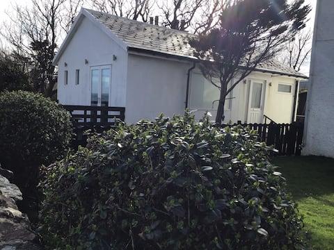 Bruichladdich Cottage
