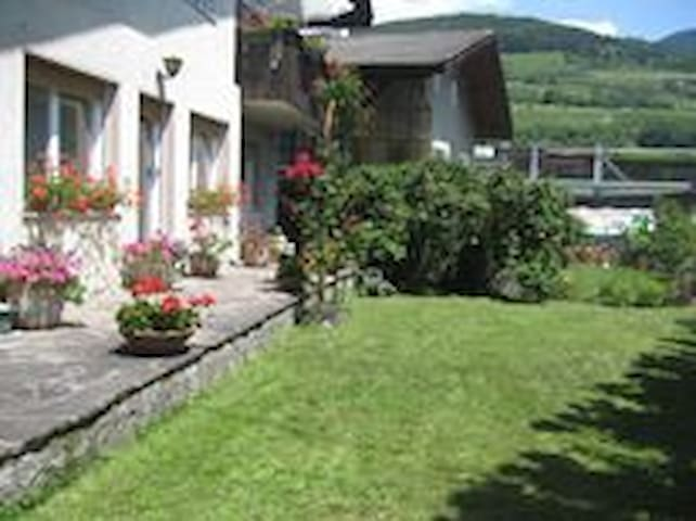 Appartamento x ferie in Alto Adige  - Vahrn - Apartment