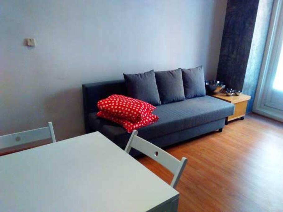 C ntrico con reforma de dise o apartments for rent in for Sofa exterior aki