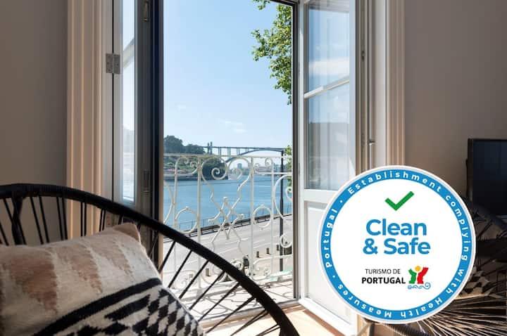 Quayside Douro River - Clean&Safe