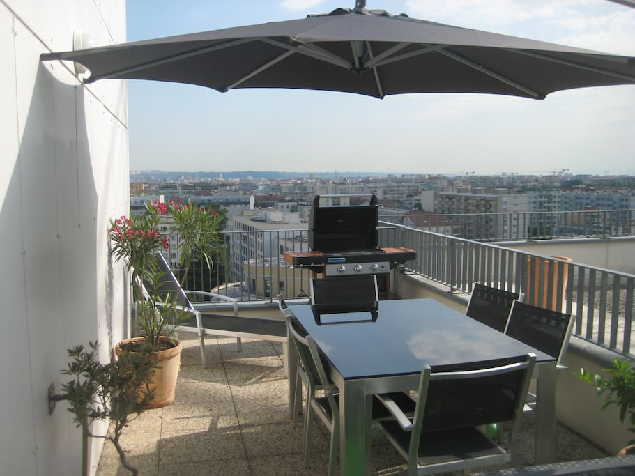chambre double louer terrasse lyon rh ne alpes. Black Bedroom Furniture Sets. Home Design Ideas