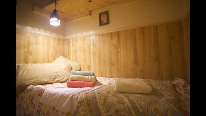 Interfaith Retreat Guest Rooms (Om)