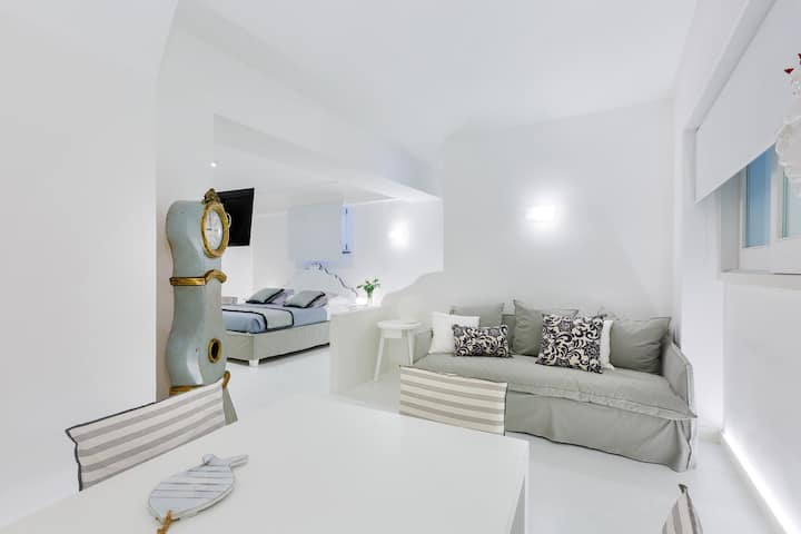 Central Deluxe apartment in Sorrento Coast