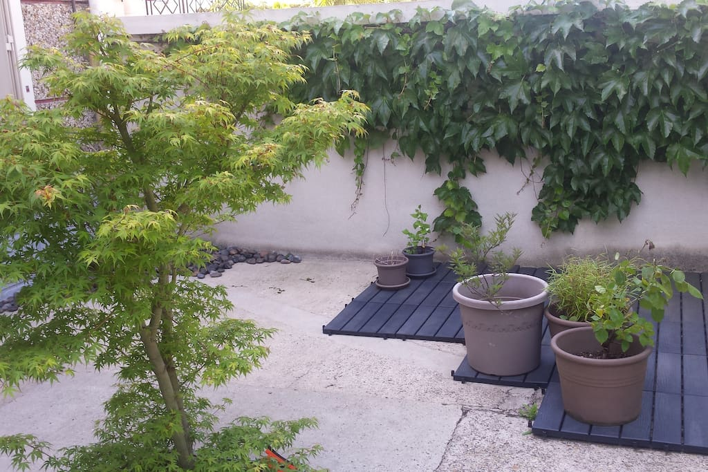 Grande maison tr s proche de paris houses for rent in - Maison jardin cuisine brocante vitry sur seine ...
