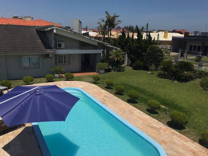 Casa em Capão - Excelente Infraestrutura p/ Férias
