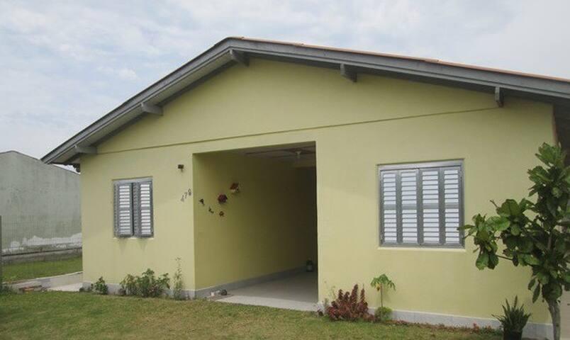 Casa (1) em Imbé/Mariluz próxima a praia.