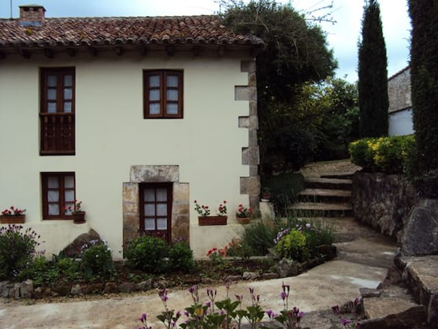 Apartament rural 2/4 pax en Oreña,4 - Oreña - Rumah