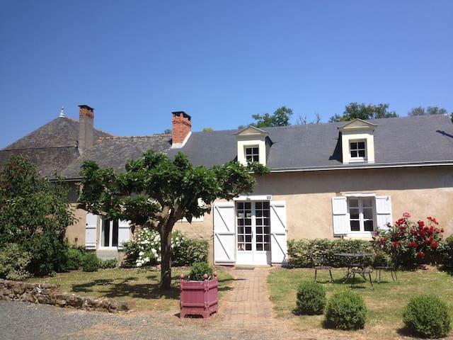 Cottage du Mûrier, piscine, entre Angers et Saumur