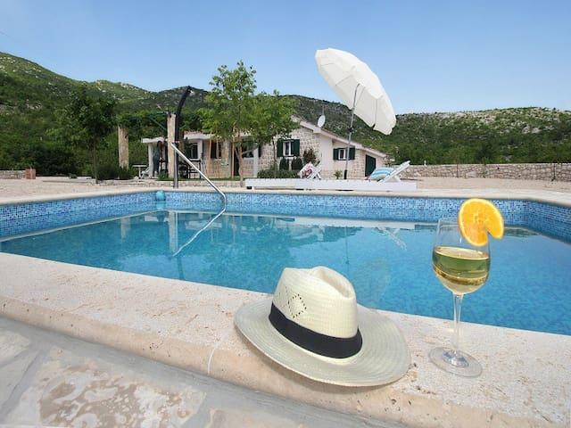 Villa near Makarska#Pool#Peace